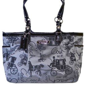 ❤️SALE! Coach Carriage Gallery Tote -- 16563